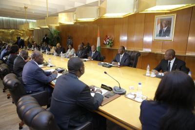 ouattara_gouvernement_b.jpg