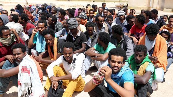 migrants-rti.jpg